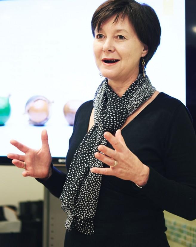 オーストラリア・マカダミア協会代表 (市場開発マネージャー):リン・ジルケ